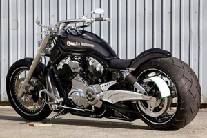 black polished motorcycle
