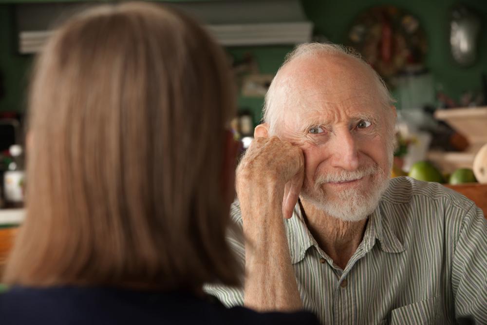 Elderly man and alzheimers - CBD oil for Alzheimers