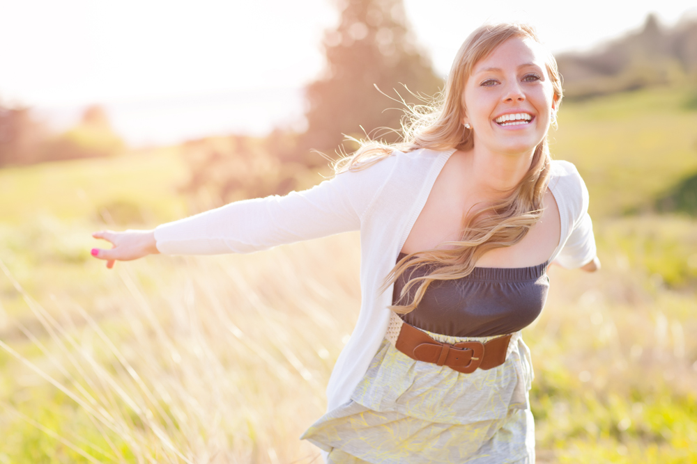 Happy Girl in Field - Gut Health Oak Brook, IL