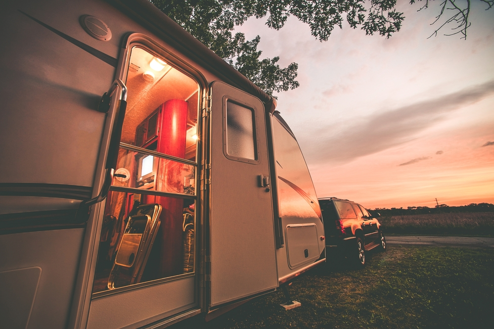 Camping with a trailer for social distancing
